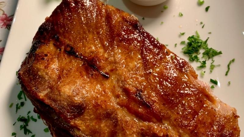 Свински ребърца на пещ с BBQ сос